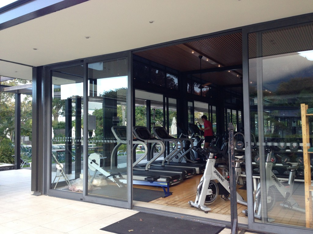 Work out during eating and drinking in Cape Town is always a good idea. Therefore the Gym at the Vineyard Hotel is ideal.