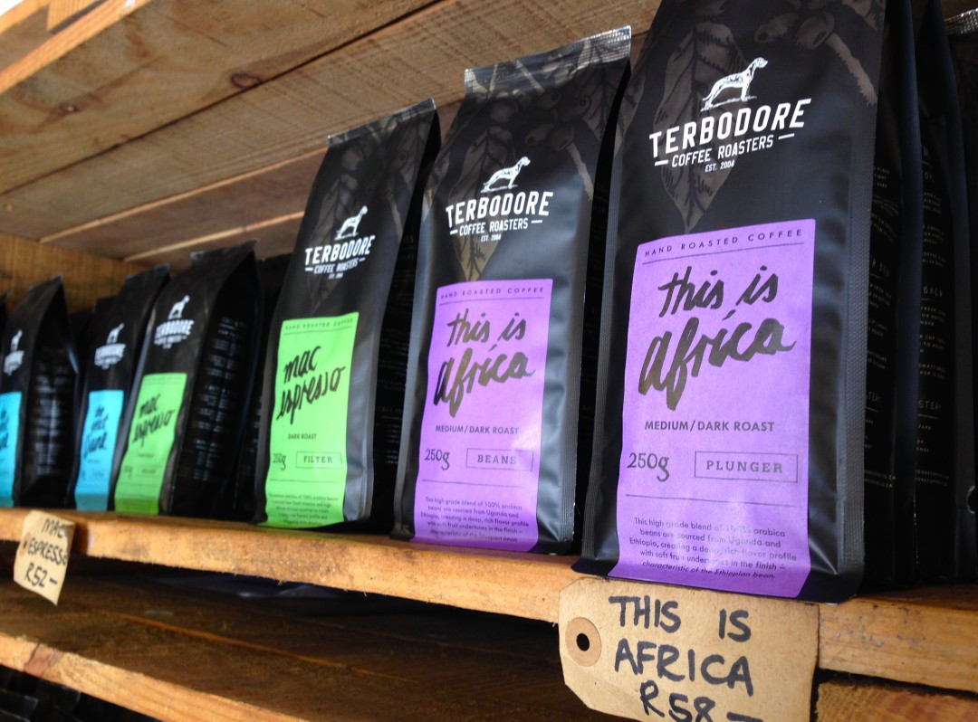 offers a wide range of different blends, such as This is Africa, the Great Dane, Mac espresso or Organic