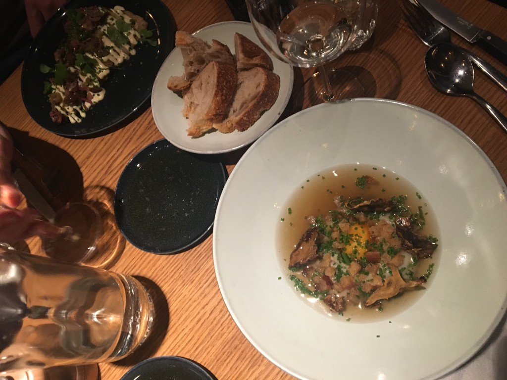 Arles, De Pijp, Govert Flinckstraat, Amsterdam, restaurant, bistro, Frans, wijnkaart, leuk, goed, Bib Gourmand, vers, uit eten